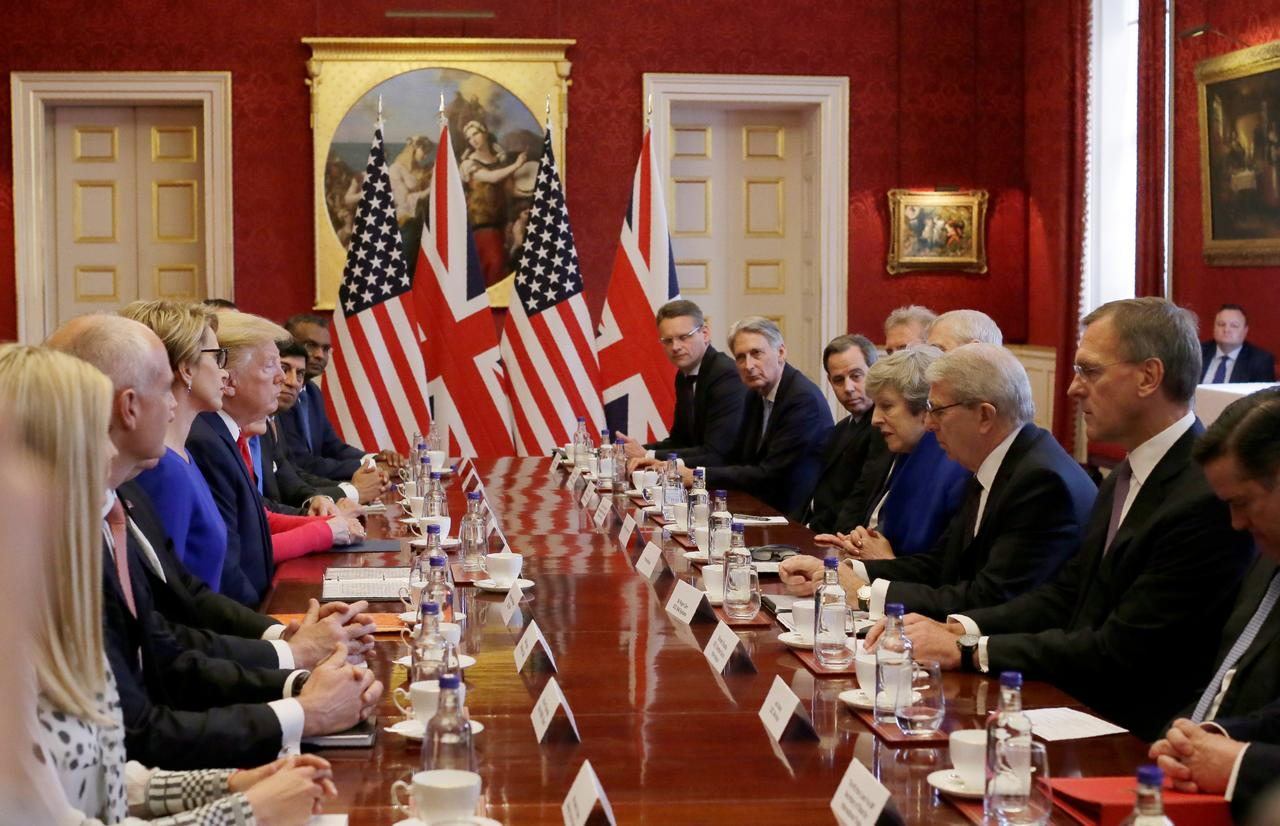 Once the United Kingdom has left the European Union, talks with the USA for the free trade agreement are restarted.
