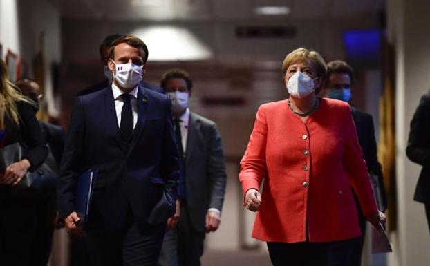 The European Union approves extraordinary funds of 750 billion for recovery after the pandemic