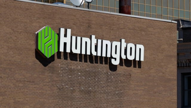 Huntington Bancshares Incorporated is a bank holding company headquartered in Columbus, Ohio. The company is 39th on the list of largest banks in the United States