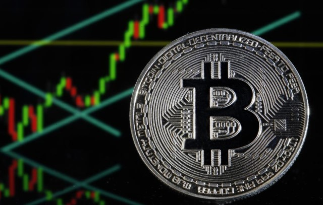 Institutional investors increasingly use Bitcoin to diversify their portfolios