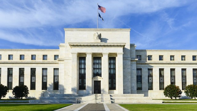 Powell ajar Pandora's Box: The Challenge of Controlling Inflation Without Shaking Rates